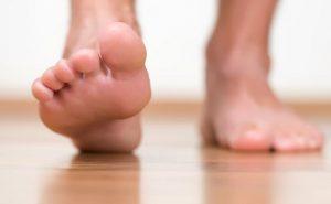 أعراض الم مشط القدم