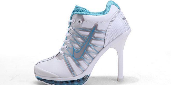 تصاميم للأحذية ذات الكعب العالي للمرأة