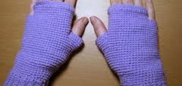 سبب برودة اليدين